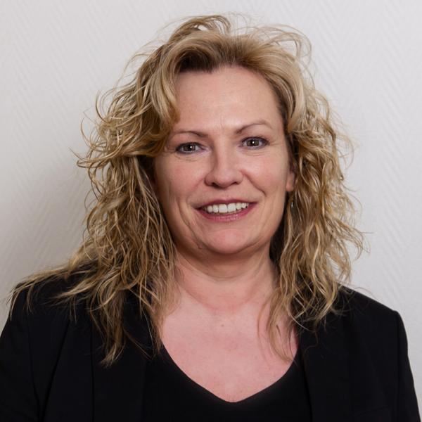 Claudia Kemper